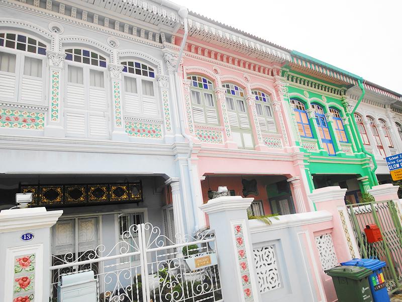 色鮮やかなプラナカン文化の街:Katong(カトン)散策(2)カラフルなショップハウス