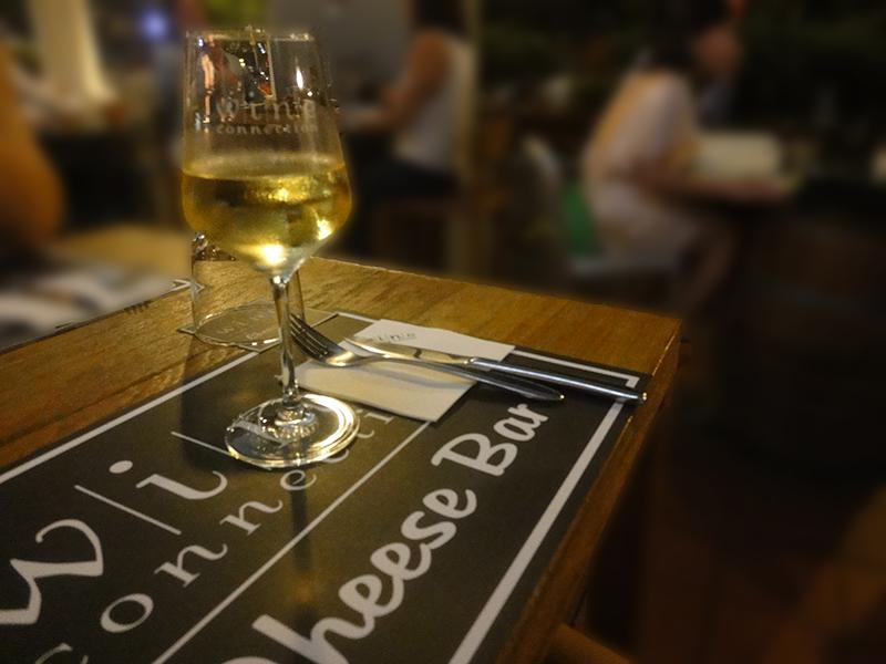 Robertson Walkの大人気のワインバー:Wine Connection